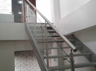 Oficina Arriendo Megaoutlet JAM coneccta 18-137 (3).Xie